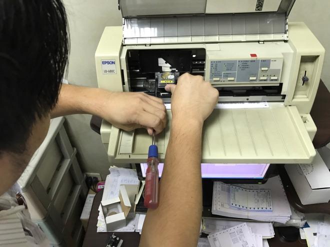 EPSON LQ-680C 印字頭故障