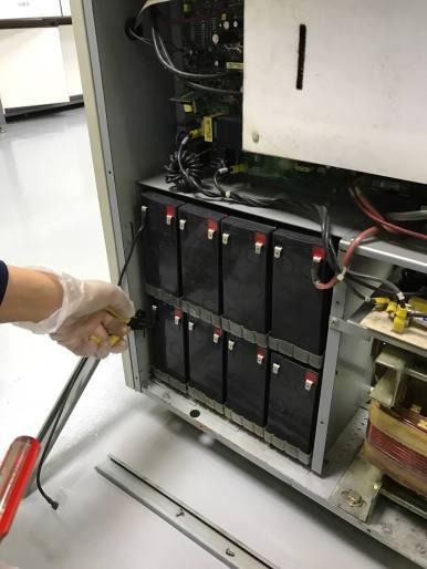 C-6000F UPS更換電池
