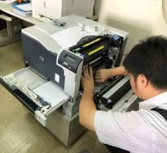 HP CP5225 進紙組斷裂維修